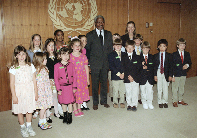 Secretary-General Meets with Children from Rye County Day School