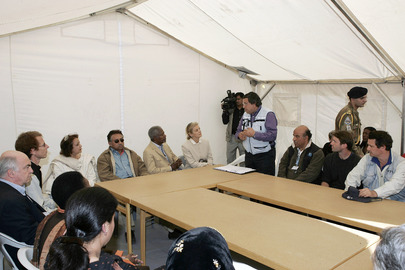 UN Secretary-General and Pakistan President Briefed by Director of Thori Camp