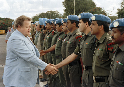 SG's Special Representative for Namibia Reviews Indian Police Monitors in Caprivi Strip