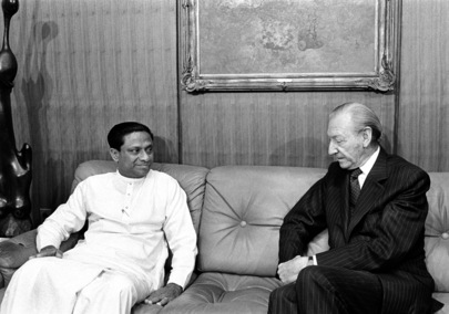 Secretary-General and Prime Minister of Sri Lanka Meet at the United Nations