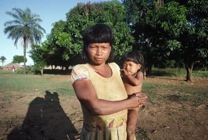 Mulher Xavante em aldeia do Mato Grosso, no Brasil. (ONU/Joseane Daher)