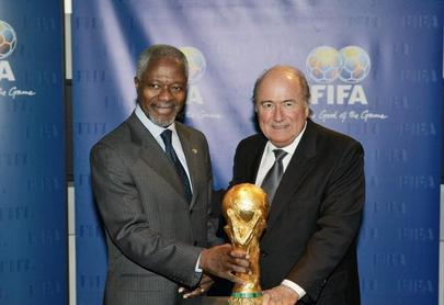 Annan visits FIFA Headquarters