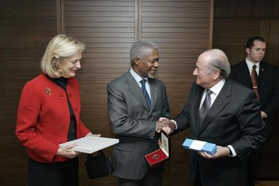 Annan, Wife visit FIFA Headquarters