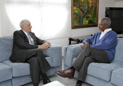 Secretary General Meets With Former Federal Councelor of Switzerland