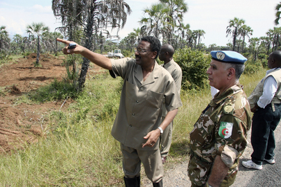 Deputy Special Representative for Burundi, Deputy Force Commander Assess Flood Emergency Needs