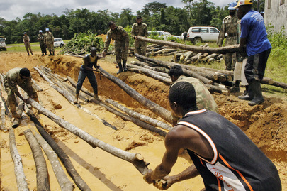 UNMIL Assists in Repairing Road in Voinjama, Liberia