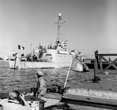 French Hand Over Port Fouad to U.N. Emergency Force
