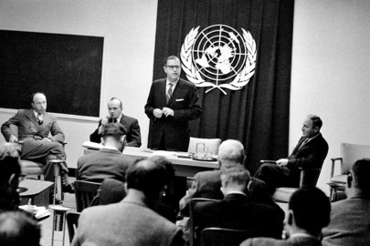 Press Conference by Israel's Representative at UN, Abba Eban