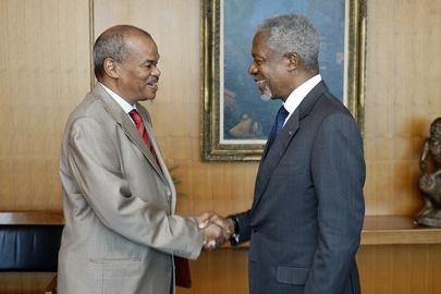 Secretary-General Meets Head of Convention to Combat Desertification