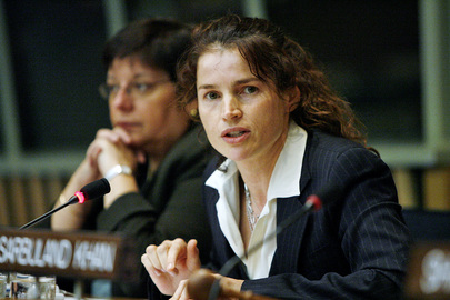 "Actress Conveys Message to UN Forum ""Our Common Humanity in the Information Age"""