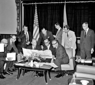 US Vice-President Humphrey Visits Sala Santitham for Talks with ECAFE's Executive Secretary