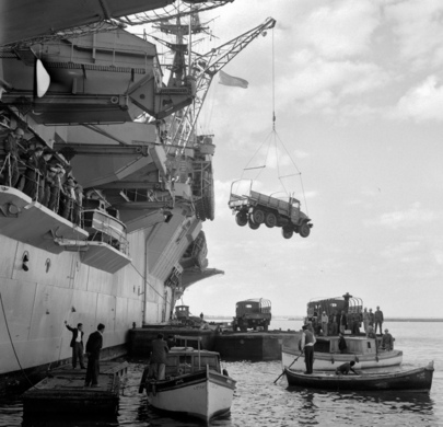 Canadian Aircraft Carrier Arrives in Egypt