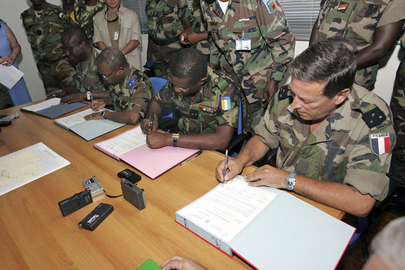 Force Commanders Sign Withdrawal Agreement