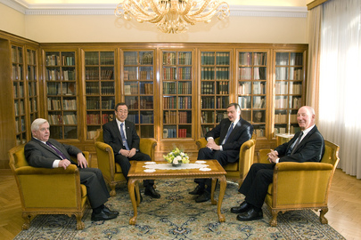 Secretary-General Meets Slovenia Dignitaries