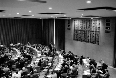 Fiftieth Session of General Assembly Adopts Comprehensive Nuclear-Test-Ban Treaty