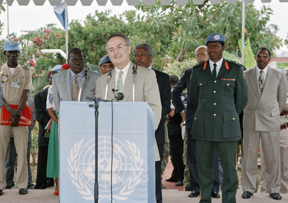 Under-Secretary-General for Peacekeeping Operations Addresses Staff at UNAVEM III in Angola