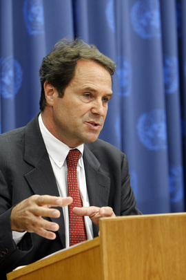 WHO Assistant Director-General Addresses Press Conference on Climate Change