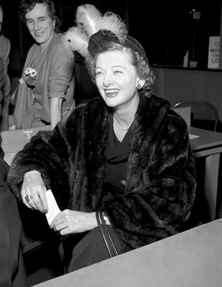 Film Actress Myrna Loy Visits the U.N.