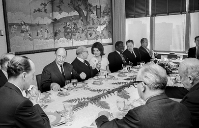 Secretary-General Gives Luncheon for Edgar Jean Faure