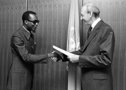 New Representative of Zaire Presents Credentials