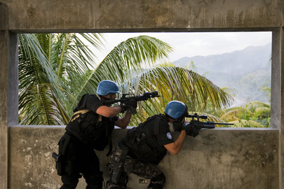 MINUSTAH SWAT Team Participates in Drug Seizure Exercise