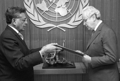 Permanent Representative of Sri Lanka Presents his Credentials