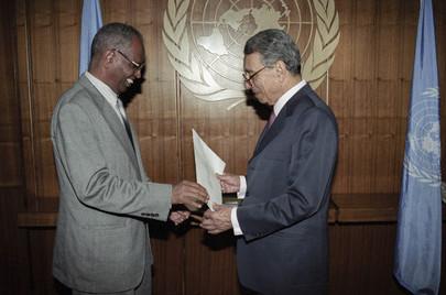 New Permanent Representative of Ethiopia Presents His Credentials