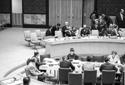 Security Council Continues Consideration of Kashmir Question