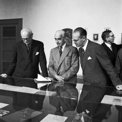 League of Nations Turns Over Historic Documents to United Nations