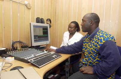 UN Radio Station Campaign Brings News in Cote d' Ivoire