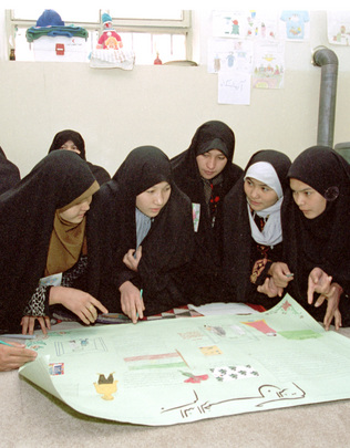 Afghan Refugee Girls Attend School in Iran