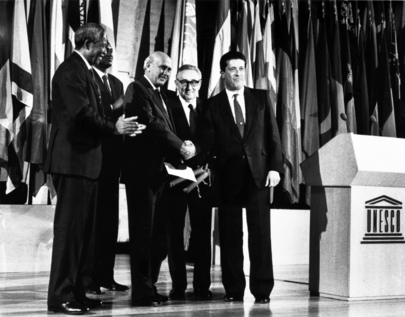 UNESCO Peace Prize Jointly Awarded to President de Klerk and Nelson Mandela