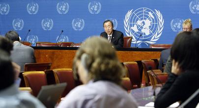 Ban Ki-moon durante coletiva de imprensa. Foto: ONU/Mark Garten