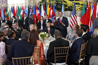 Secretary-General Hosts Luncheon for Heads of State and Government