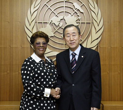 Secretary-General Meets FAO Goodwill Ambassador Dionne Warwick