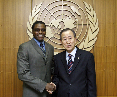 Secretary-General Meets FAO Goodwill Ambassador Carl Lewis