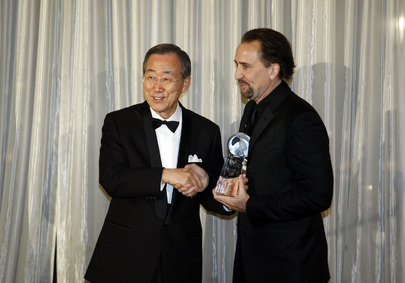 Secretary-General Hands Award to New Goodwill Ambassador Nicolas Cage