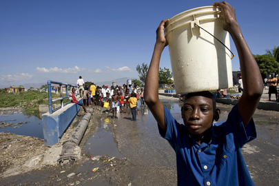 Haiti Quake Leaves Shanty Town Residents with Little Water