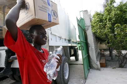 UN Peacekeepers Distribute Food and Water in Cité Soleil, Haiti