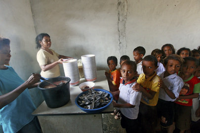 WFP and Timor Education Ministry Provide Meals to Schoolchildren