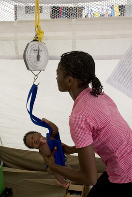 UNICEF Assists Nursing Mothers at Port-au-Prince IDP Camp