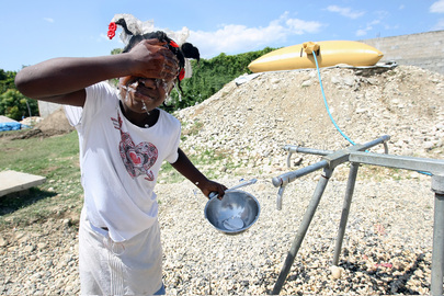 UNICEF Provides Water at New Camp in Haiti