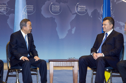 Secretary-General Meets Ukrainian President in Washington D.C.