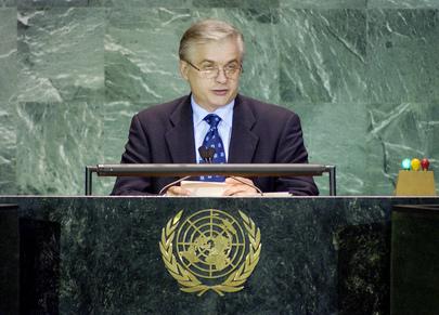 H.E. Mr. Wlodzimierz CIMOSZEWICZ, Minister for Foreign Affairs