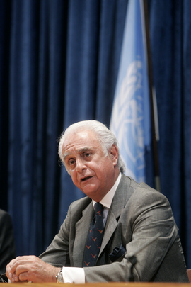 Chairman of Arms Trade Treaty Prep Committee Holds Press Conference