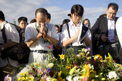 Hiroshima Citzens Mourn A-Bomb Victims at Annual Peace Ceremony