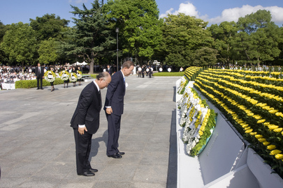 Secretary-General and IAEA Director Remember Hiroshima A-Bomb Victims