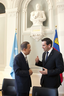 Secretary-General  Converses with Deputy Prime Minister of Liechtenstein