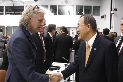 Secretary-General Meets Activist Bob Geldof at MDG Advocacy Meeting