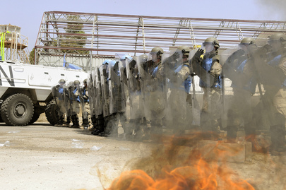 UNDOF Officers Conduct Riot Control Exercise at Syria Camp